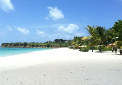 Antigua_Millers-by-the-Sea-beach