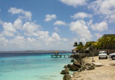 Bonaire_Bachelors_Beach_2