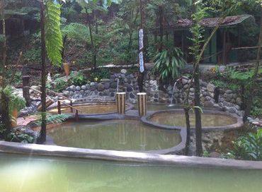 Dominica_Wotten_Waven_Thermalquellen